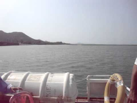 tàu rời cửa biển Hà Tiên.MPG