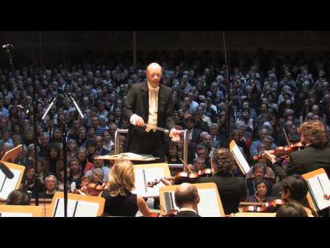 Tchaikovsky Nutcracker Suite - 5  'Arabian Dance'  *  Volker Hartung & Cologne New Philharmonic