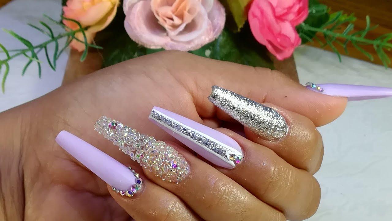 Uñas Color Lila Matte C Plata Cristal Y Pixi