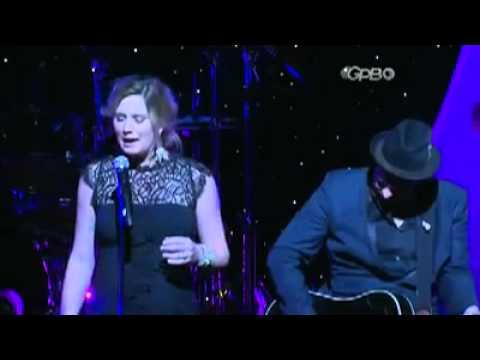 Sugarland GA Music Hall Fame-Singing Stuck Like Glue & Stay