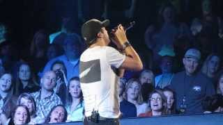 Luke Bryan - Do I (Live) - Dirt Road Diaries Tour (2/8/13 in State College)