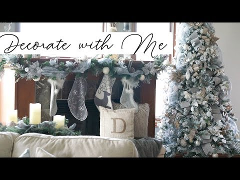 Decorate With Me: Christmas Tree - How to make it look FULL!