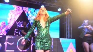 Ece Seçkin & Ozan Doğulu--Adeyyo / Uludağ Winterfest 2017 Live