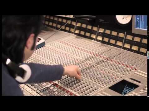 Neuer Kinospot von yourfone.de feiert Premiere / Das Lifestyle- und Mobilfunkunternehmen ruft Kinobesucher auf beim yourfone Songcontest mitzuvoten