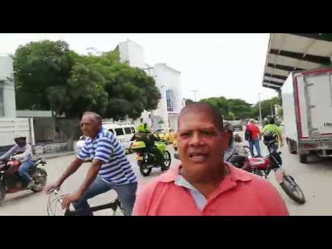 Supuestos hinchas del Nacional casi apuñalan a samario por robarle la bicicleta