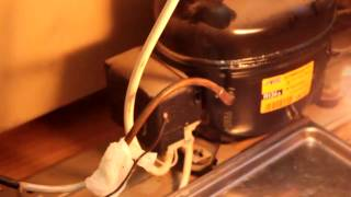 Ремонт холодильника Hotpoint Ariston К.Т обогрев(, 2017-01-11T08:03:38.000Z)