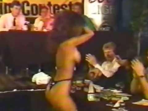 Mina amateur stripper