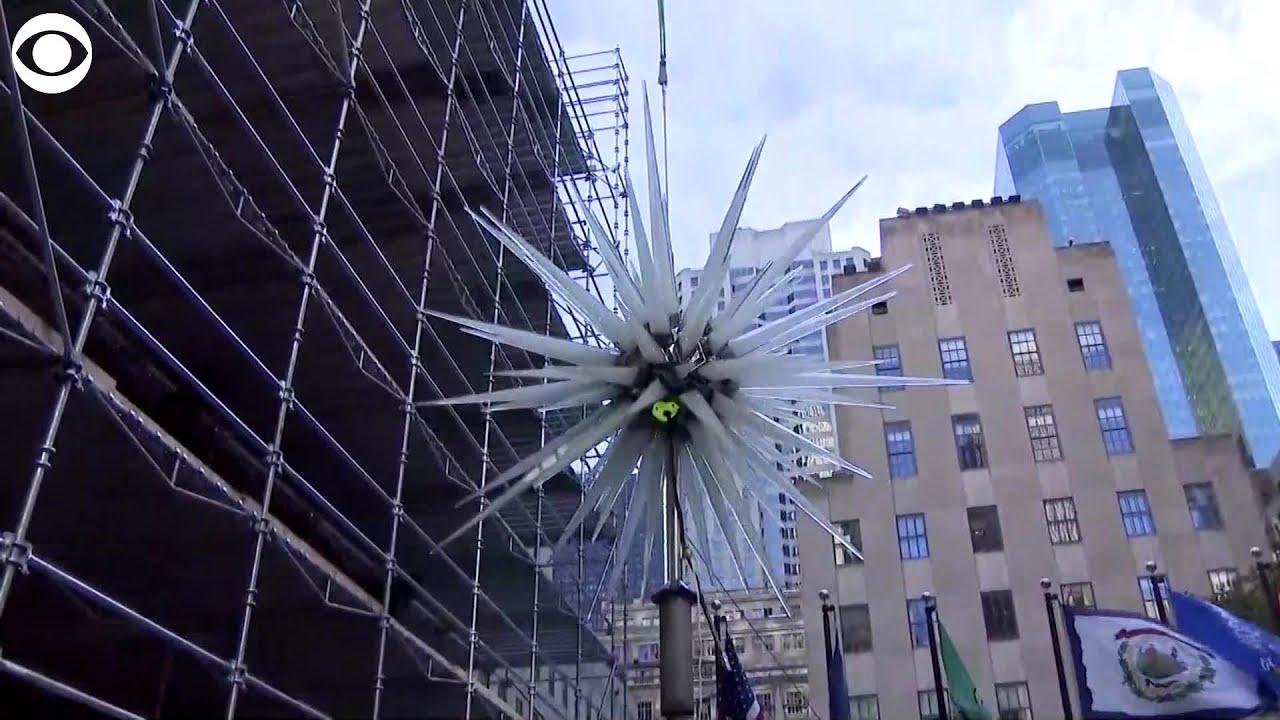 WEB EXTRA: New Star On Rockefeller Center Christmas Tree - YouTube