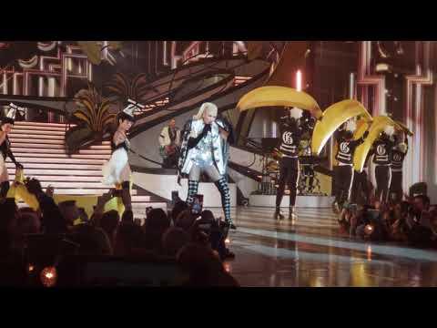 Gwen Stefanie 4k Hollaback Girl, Vegas residency. Mp3
