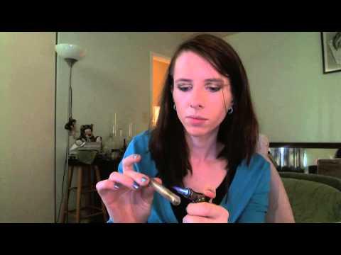Linda reviews the Vaponic portable vaporizer