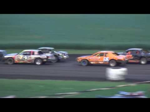 IMCA Stock Car feature Benton County Speedway 8/28/16