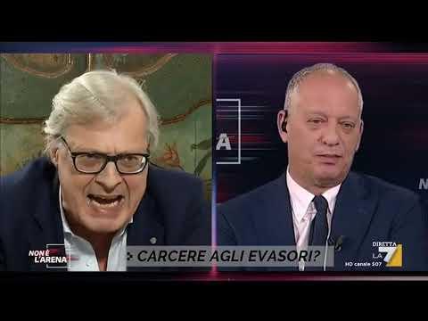 Duro scontro tra Vittorio Sgarbi e Peter Gomez: 'Chi ha eletto Conte e Di Maio? Vergognati, ...