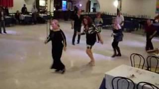 LA ZITELLA INNAMORATA - ballo di gruppo - daynaband - dimostrazione del ballo Edizioni Musicali GDE