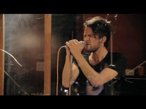 ROMES - Deja Vu (Live Performance)