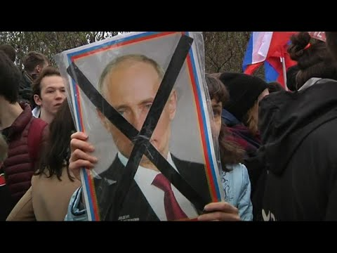 Protests erupt in Russia as Putin begins 18th year as president