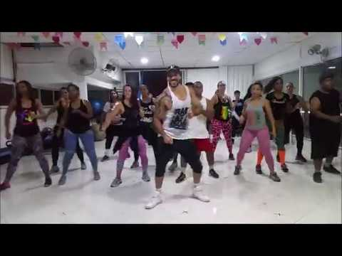 That's What I Like - Bruno Mars ( ZumbaⓇ Fitness Choreo )