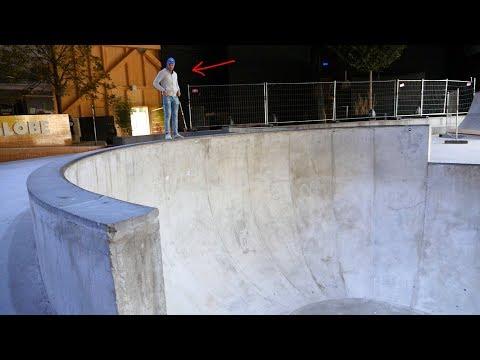 Ce Mur est immense !!! Competition de skate completement Dingue