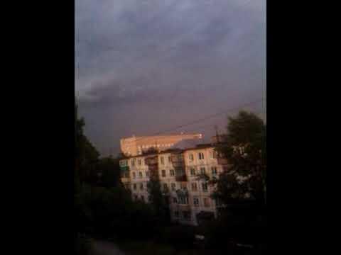Это жесть молния любительское видео снятое на телефон !!!!