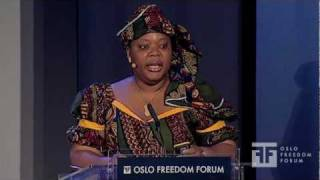 Leymah Gbowee - Pray the Devil Back to Hell