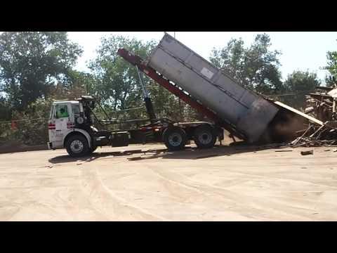 Rolloff Truck At The Recology Waste Zero Yuba Sutter