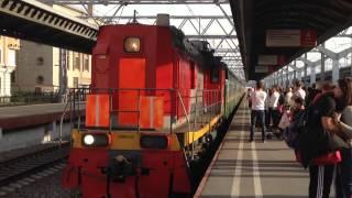 モスクワ駅 列車進入