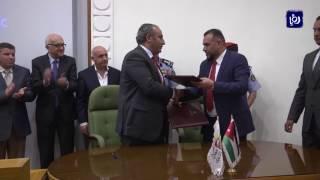 تطبيقات إلكترونية إلزامية في سيارات التكسي الأصفر في عمان قريبا - (1-8-2017)