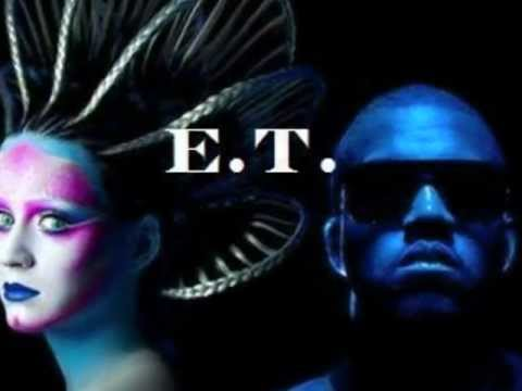 E.T.-Katy Perry ft. Kanye West (Official Music Video with lyrics)