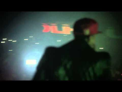 "Tyga Brings Out Drake In Toronto To Perform ""Motto""! Thumbnail image"