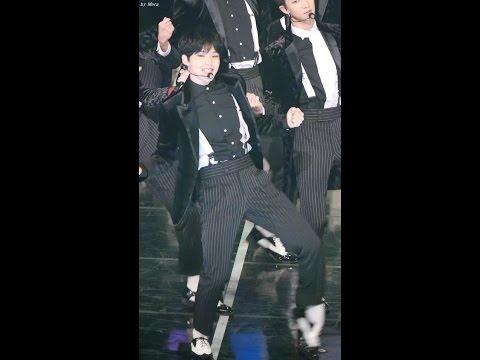 161116 세븐틴 (SEVENTEEN) - 예쁘다 (Pretty U) [호시] Hoshi 직캠 Fancam (Asia Artist Awards ) By Mera