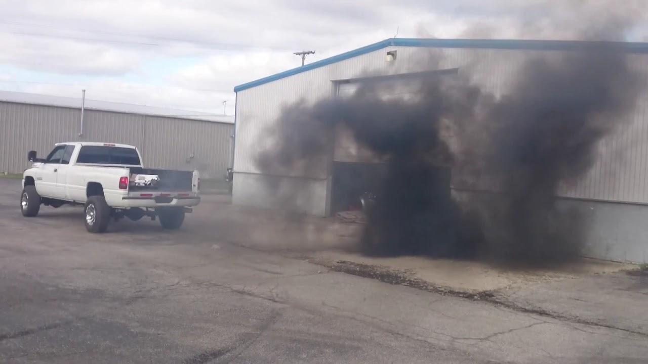 2000 dodge ram 2500 24 valve blowing black smoke
