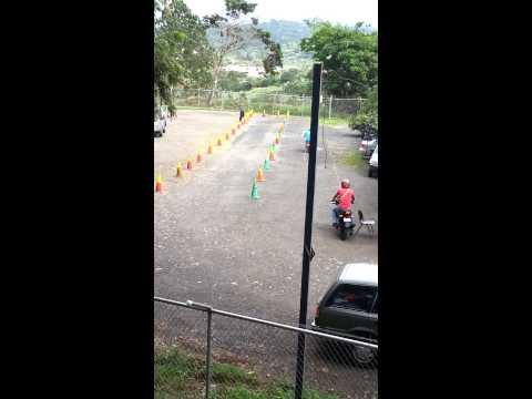 Prueba practica de manejo de motos San Ramon