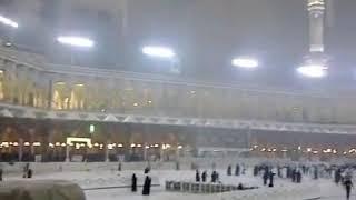 Very rare rain in Makkah. Rain on kaaba beautiful.