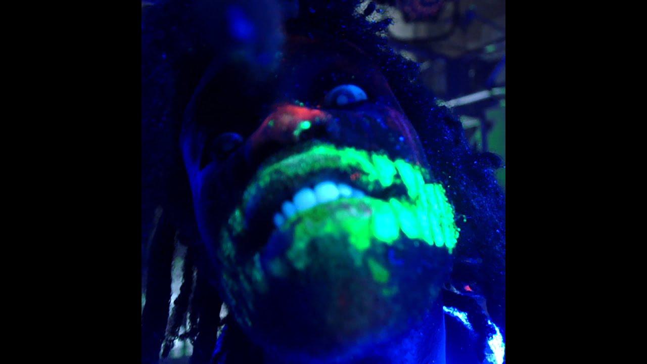 Very Scary Halloween Decorations: Ho99o9 (Horror)