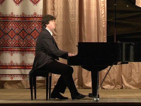 Для коломиян лунала класична музика у виконанні відомого майстра фортепіанної гри