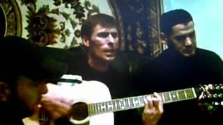 Download Самая четкая песня - Звуки гитары полюбила ты Mp3 and Videos