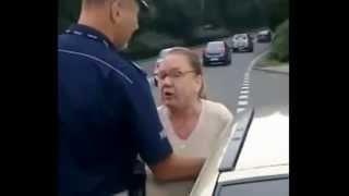 """Babcia wkurzona na policję: """"A ja pierdole swoje bezpieczeństwo"""""""