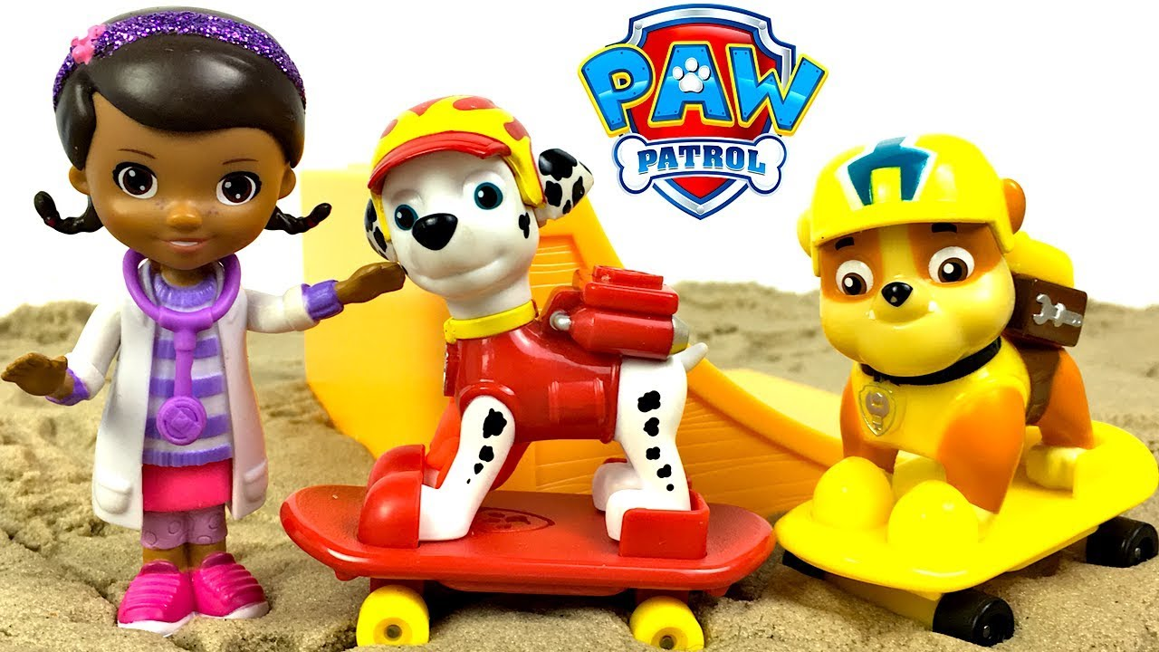 STORY WITH PAW PATROL BEACH PATROL AND DOC MCSTUFFINS- MARSHALL GETS HURT  RIDING HIS SKATEBOARD