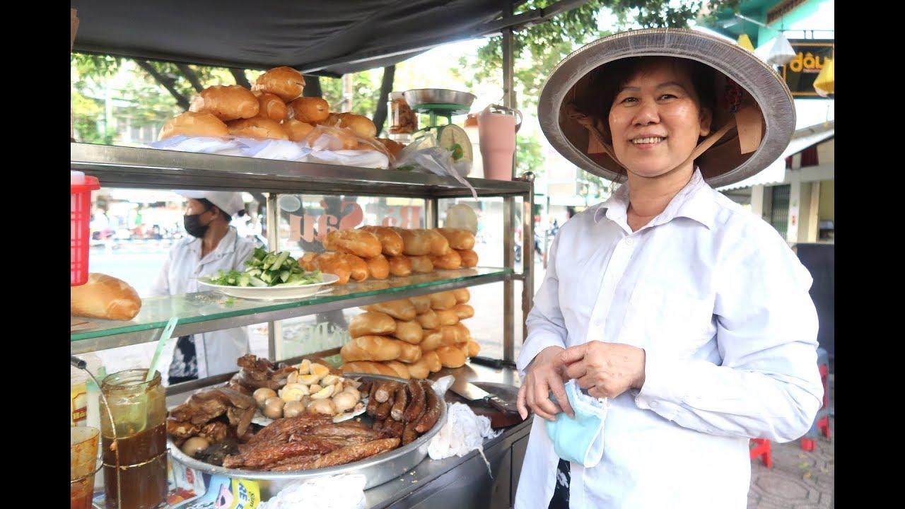 Bánh mì phá lấu Bà Sáu 40 năm lừng danh Sài Gòn