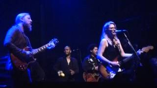 Tedeschi Trucks Band 2016-03-24 Midnight In Harlem at Byron Bay Bluesfest