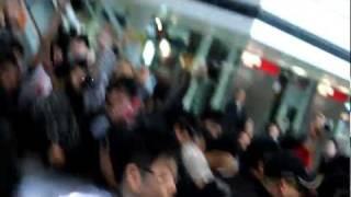 柏木由紀AKB48 @ 香港國際機場#1 2012/02/26.