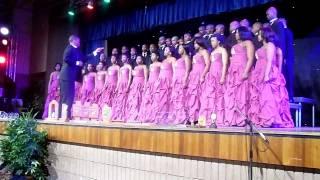 UWC Choir.. hay ukuzendza Rosie(Satica 2011)