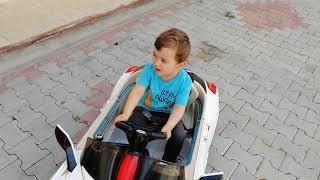 YusufMiraçla Akülü arabamızı çıkardık. bakalım neler oldu. eğlenceli videomza çocukları bekliyoruz.
