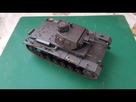 Сборка модели Звезда 3549 - Самоходка Штурмгешутц III (StuG III Ausf.F) - шаг 2. сборка, покраска и установка гусениц и башни