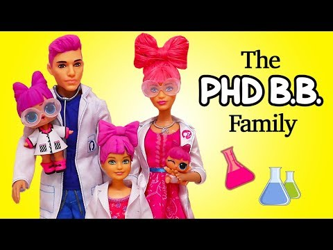 Barbie LOL Families ! The PHDBB Family and the Dinosaurs | Toys and Dolls Pretend Play for Kids