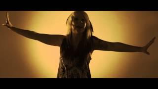 Смотреть клип Skarlett Riot - Rising