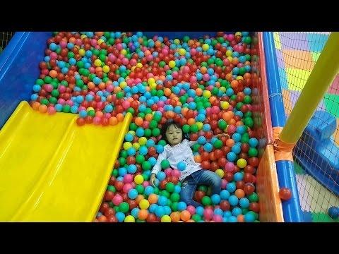 Fun Indoor playground for kids, Zahra bermain di taman bermain anak