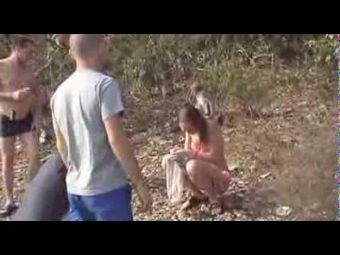 Ебали телку на улице видео знаю