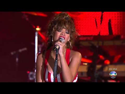 Rihanna - Man Down (Live at Rock In Rio Brazil 2011) HD