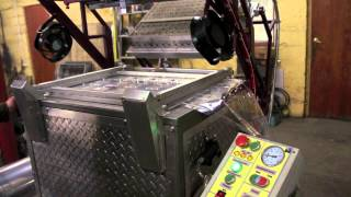 Вакуум формовочное оборудование для упаковки карт памяти и флешек (Vacuum forming equipment)(Предлагаем Вакуум формовочные термоформовочные машины для производства блистерной упаковки любой сложно..., 2013-07-21T16:44:34.000Z)
