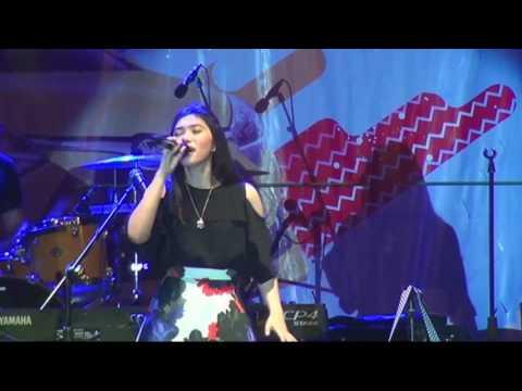 Isyana Sarasvati Live Banjarmasin - 06 - All or Nothing